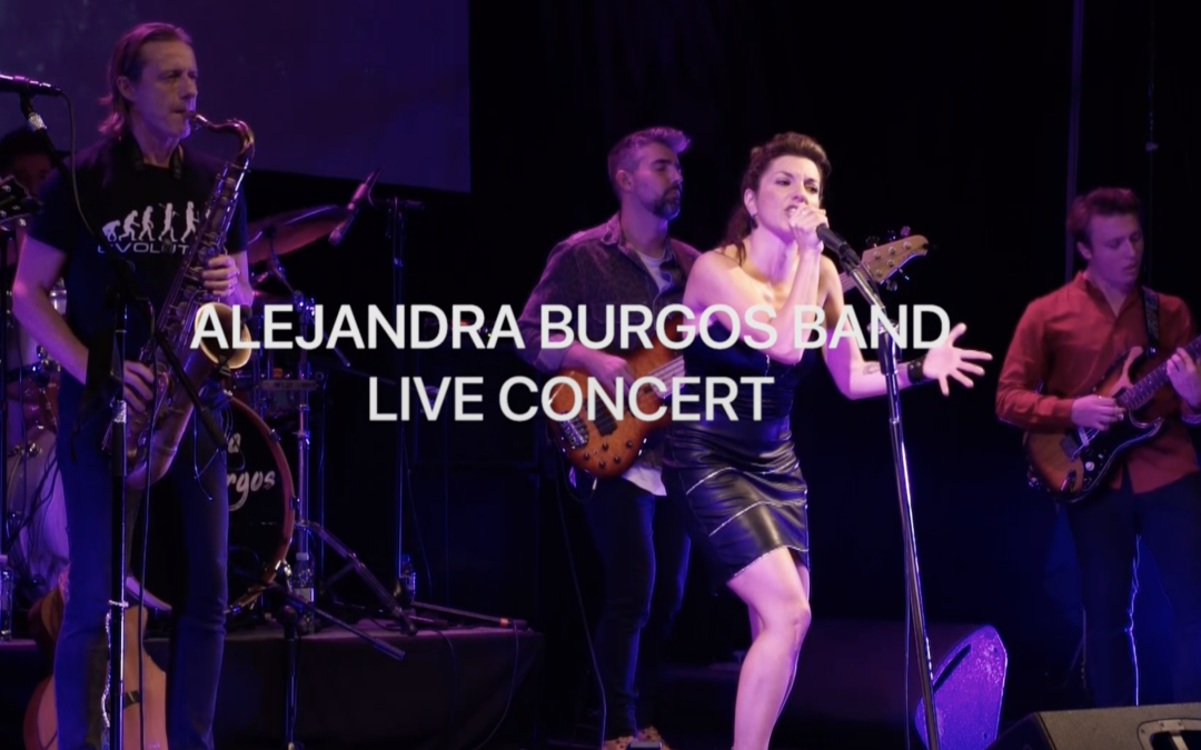 Premiere Live Concert «I don't know about love»