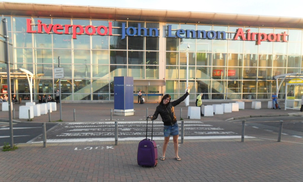 News Lennon airport agosto 2011